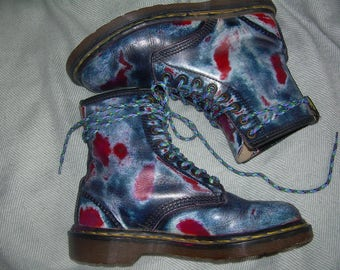 UK 6 Battered red white & blue Doc Martens boots - EU 39 - grunge festival fashion - genuine vintage