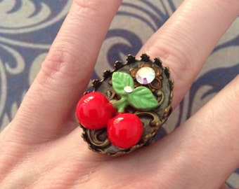 Adjustable ring the red cherry
