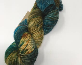 Indie Wild West Dyed Yarn on Merino cashmere Nylon MCN blue bronze speckled