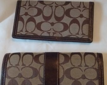 Vintage COACH Khaki/ Brown Fabric/Canvas with Leather Trifold/Clutch Checkbook Wallet