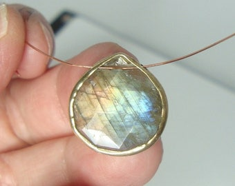 16mm, Flashing Blue Green Gold Labradorite Faceted Sterling Silver Bezel Rim Heart Briolette Pendant - m2