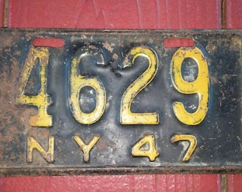 1947, New York, Motorcycle, Metal, Licences Plate in Black and Yellow