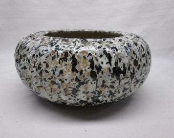 Vintage Handmade Fine Art Pottery Bowl - Black White Beige Paint Splattered - SIGNED