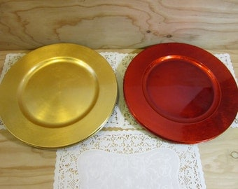"""Set of 10 Vintage Elegant Red And Gold Plate Chargers * 13"""" Round Colorful Plastic Plate Chargers"""