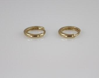 14k solid gold mini hoop Earrings, 14k huggies hoop earrings, 14K minimalist earrings, 14k dainty earrings,14K everyday earrings, tiny hoop