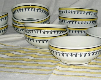 Warwick restaurant china, twelve bowls