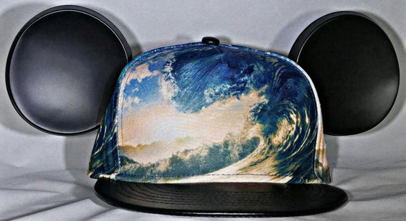 Wave. Mickey Ears. Surfer Mickey. Snap Back Wave. Mickey Ocean.