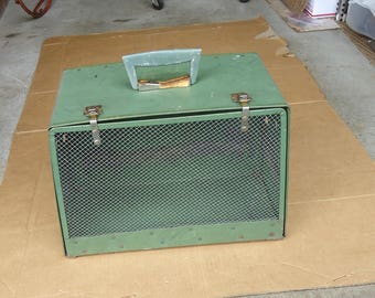 vintage pet carrier box crate,antique pet suitcase,animal transportation box,old pet carrier,dog puppy cat small animal house,