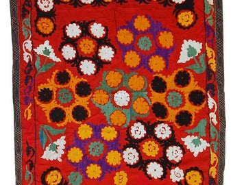 ON SALE 20% Off 4' X 5,7' ( 124cm X 175cm ) hand made vintage Uzbek embroidered Suzani rug 1960