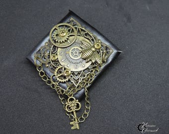 "Steampunk brooch ""The key to my secret garden"""