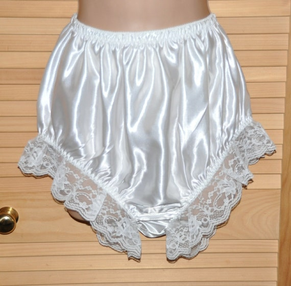 EE 41 - Soft satin panties, frilly & lacy sissy wear, Sissy Lingerie
