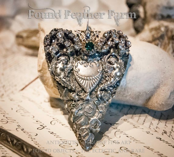 Spectacular Handmade Heart Pendant with Jeweled Details