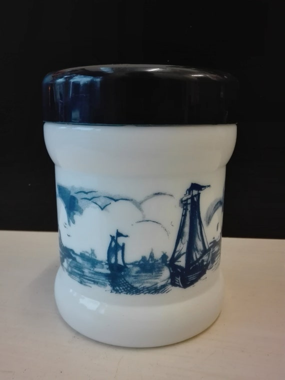 Apothecary pot, opale Glass, Dutch landscape