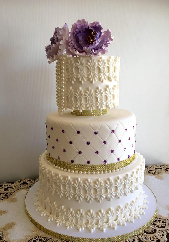 fake wedding cakes los angeles 3 tier wedding cake covered with real fondant cake 14135
