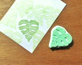 Monstera leaf stamp, monstera leaf rubber stamp, monstera eraser stamp, texture stamp, handmade pattern rubber stamp, hand carved stamp
