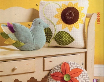Free Us Ship Craft Sewing Pattern Kwik Sew 4051 Pillows Bird Sunflower Quilt Round Floral Flower Out of Print New 2014