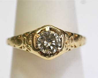 Vintage 0.57ct Diamond Engagement Ring in 14k Yellow Gold