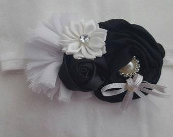 Black and white baby/toddler headband