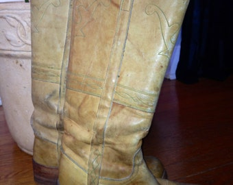 1975 Vintage Light Brown Leather tall Frye boots