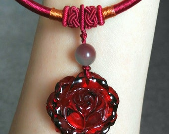 Rose carving baltic amber pendant necklace jewelry
