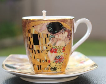 The KISS Teacup Candle