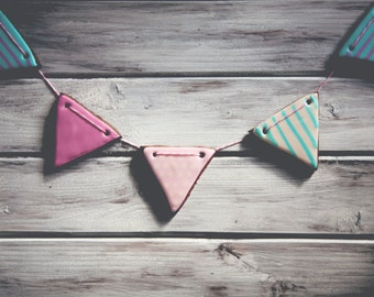 Bunting Cookies - Cookie Gift Box - Iced Biscuits - Decorated Cookies - Triangle Cookies