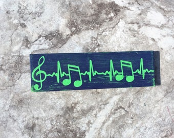 Music notes, EKG Sign