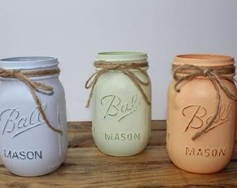 Set of 3 PINT Size Mason Jars. Handpainted Mason Jars. Easter Decor. Spring Decor. Mother's Day Gift. Housewarming Gift. Rustic Decor.