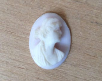 Vintage Carved Cameo Shell 15x11mm Loose Gemstone with Wholesale Pricing Light Pink In color 4.3ct A134