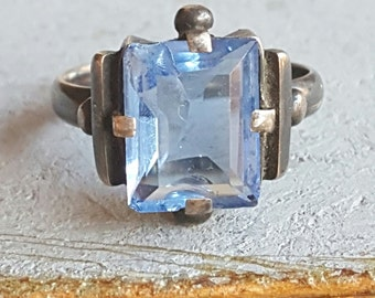 Vintage French Art Deco Czech Glass Ring Size 4.25 U.S. Pinky Ring Child Ring Confirmation Gift Communion Gift