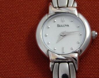 Vintage Bulova Ladies Quartz Watch