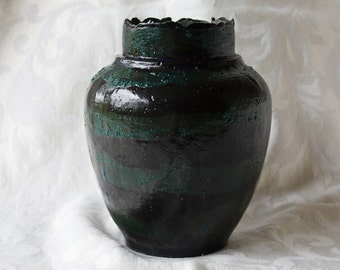 Tulip vase, ceramic, Green Black