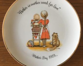 Vintage Holly Hobbie Plate