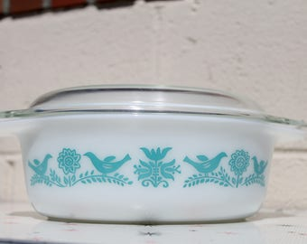 Vintage Bluebirds Pyrex Dish with Lid 043
