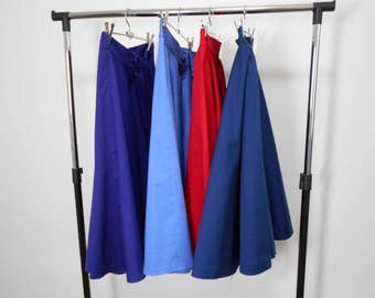 Plain 1950's inspired cotton sateen full circle skirt. Knee Length. Black and navy available via custom made.