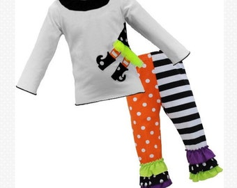 Witch outfit size 7/8 witch  ruffled leggings set