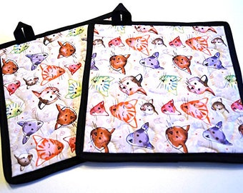 Pink and Purple Cat Pot Holders Set of Two, Cute Pink Kitty Hot Pads, Quilted Kitten Potholders