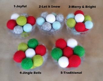 Pom Pom Christmas Garland : Joyful Joyful