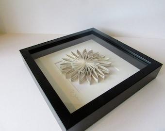 Framed Paper Flower' Daisy
