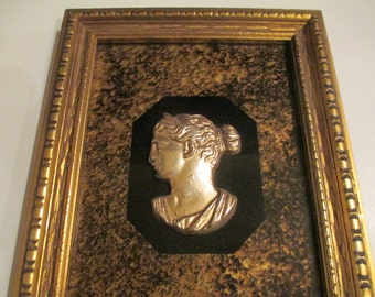 FIGURES AND HEADS Vintage Turner Wall Hanging