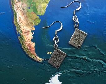 World travel passport earrings - travel gift - globetrotter - explore - adventure!