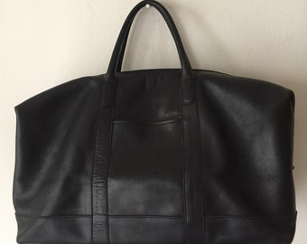 Black handbag, from leather, soft leather, stylish handbag, big bag, voyage bag, vintage style, size-large.