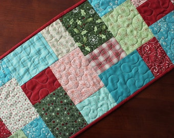 Quilted Christmas Table Runner, Very Merry Table Runner, Bright Christmas Table Runner, Aqua Christmas Table Topper, Pink Blue, Snowflake