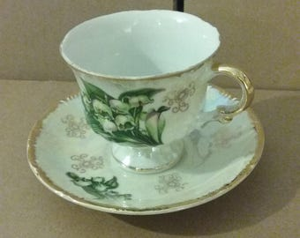 """From Japan: Gorgeous 1940's Iridescent Flowered 3"""" Teacup & Saucer Set, Flawless"""