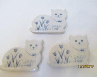 Vtg Russ Berrie Ceramic Cat Magnets, Set of Three Russ Berrie Cat Magnets, Ceramic Cat Magnets, Refrigerator Cat Magnets,