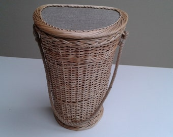 Door basket, willow wall basket, hanging wall basket, cottage chic decor, beach house