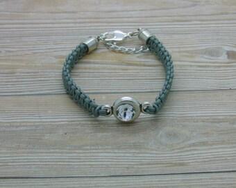 Macramee bracelet, silver-grey