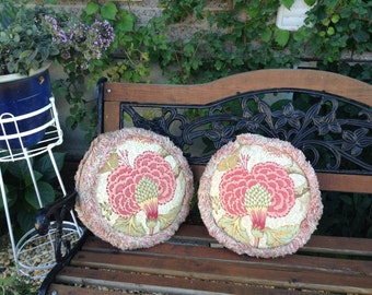 A Pair Of Vintage Round Throw Pillows, Filled Throw Pillows, Fringed Throw  Pillow,