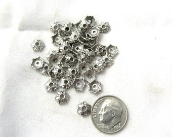 100 AS Tibetan Style Flower Bead Caps 7x2mm (s14k2)