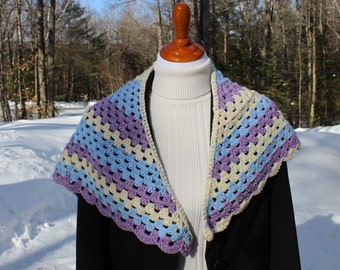 Tri Color Shawlette, Crochet Shawl, Triangle Shawl, Crochet Wrap